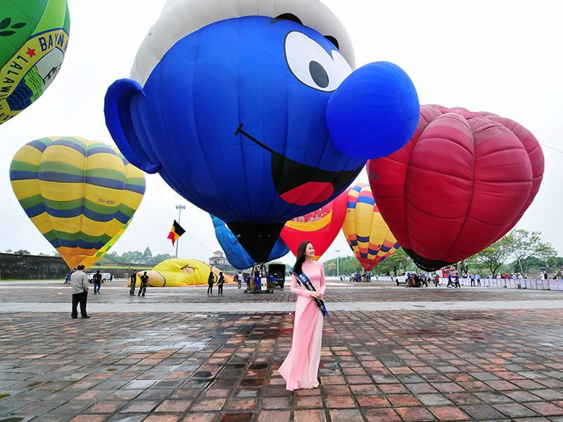 trải nghiệm bay cùng khinh khí cầu