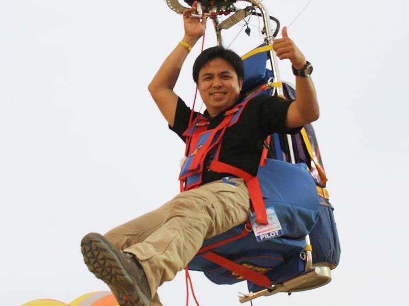 Tawin Dumkhum - Phi công người Thái Lan