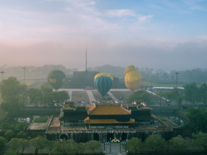 du lịch bay cùng khinh khí cầu